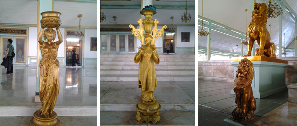 Yang kiri patung emas dari Belgia, yang tengah dari Cina, yang kanan patung-patung singa ini pokoknya dari Eropa lah.